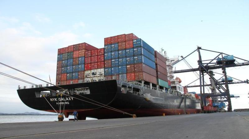 exportacao_porto_paranagua_navio_conteineres 19 6 19 appa