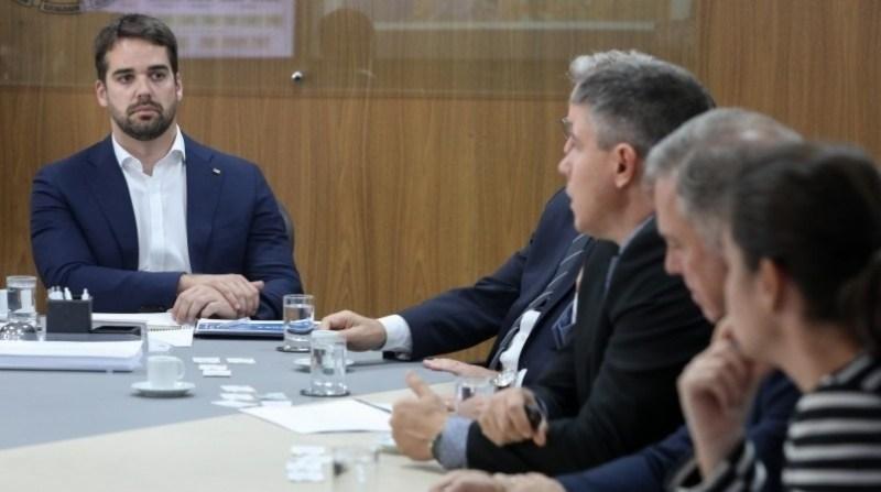 governador eduardo leite foto itamar aguiar palacio do planalto