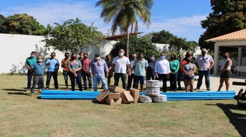 Abapa doa kits de irrigação para pequenos agricultores de Barreiras