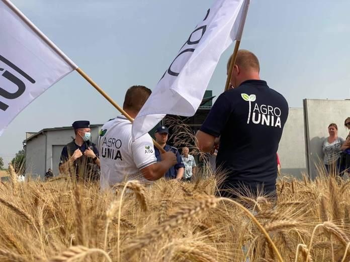 """Agrounia - """"Premierze spotkaj się z rolnikami"""""""