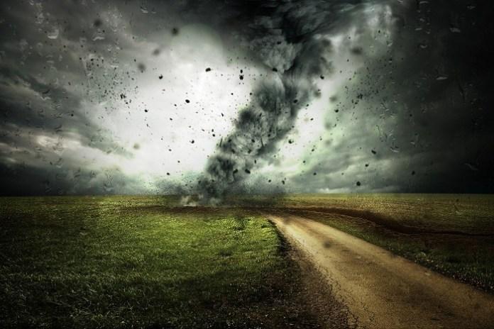 Gwałtowne zjawiska pogodowe powodują szkódy, ubezpieczyciele likwidują ich dziennie ok. 1000