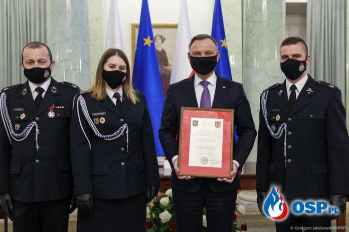 Prezydent podziękował strażakom za pomoc w walce z pandemią
