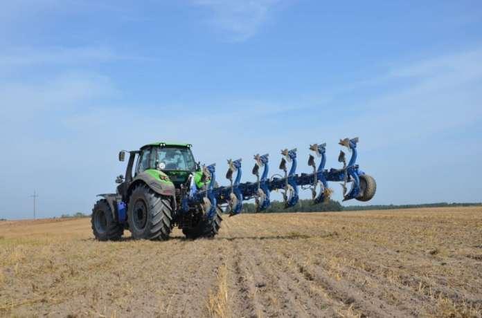 rolnik, rolnictwo, zmiany klimatu, gleba, emisja węgla