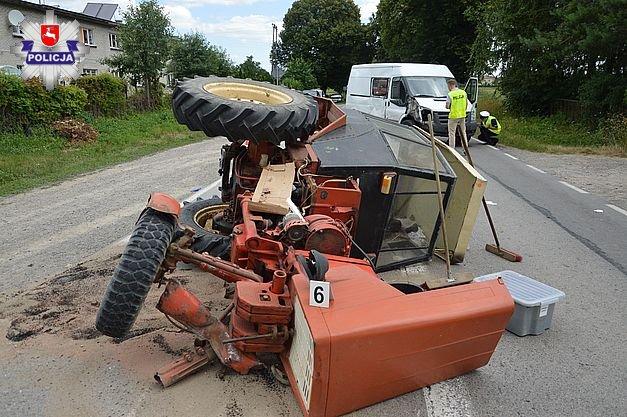 wypadek ciągnika, wypadek, wypadki na wsi, zderzenie ciągnika