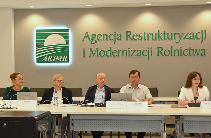 Eksperci - Agencja Restrukturyzacji i Modernizacji Rolnictwa oraz KRUS