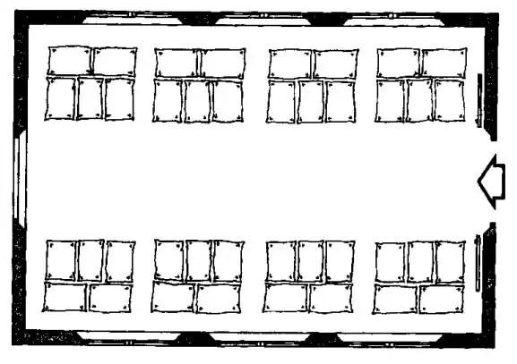 شكل يوضــح طريقة التكـديس المثلـى داخل المخزن حيث يجـب أن تترك مساحة كبيرة بين البالات لسهولة النقل والتحميل من السماد وكذلك يجب أن يكـون كـل نوع من الأسمدة منفصل في بالتة منفصلة عن النوع الآخر.