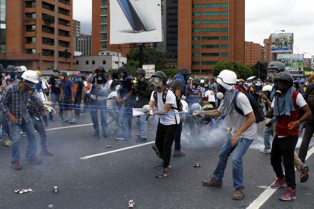 oposicion constituyente3