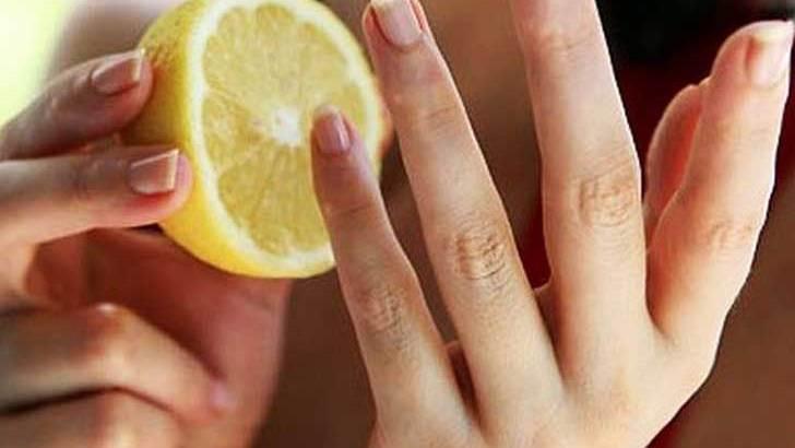 Lavarse con limón puede pudrir la piel