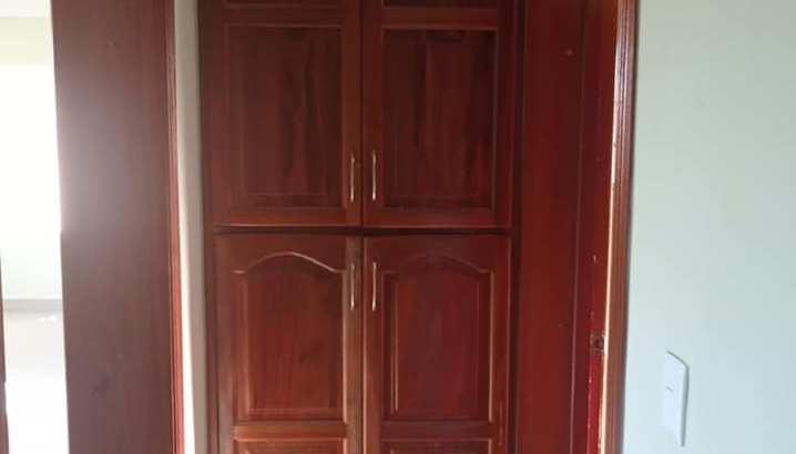 Aut. San Isidro, Zona Oriental, Venta Casa, 3 dormitorios, 2.5 baños, 2 Parqueos