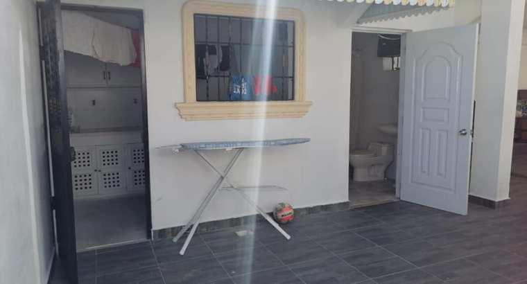 Venta Casa De 3 Habs En Prado Oriental, Aut. San Isidro, 4 Parqueos