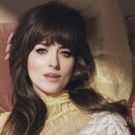Dakota Johnson na capa da 'Marie Claire US'
