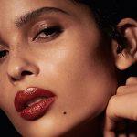 Zoë Kravitz e YSL Beauty lançam coleção de batons