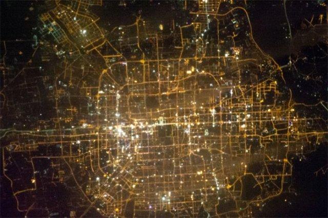 Beijing_ISS_night