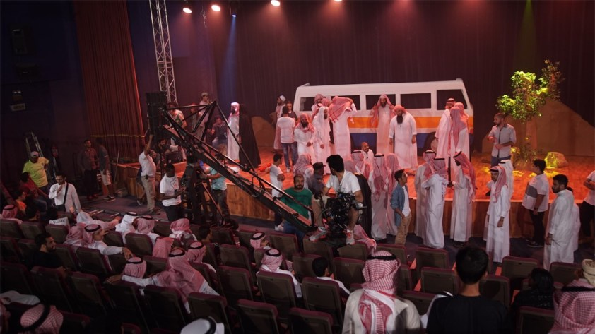 A scene from the movie Wasati when extremists stormed the stage during a play (Photo provided by Ali al-Kalthami)