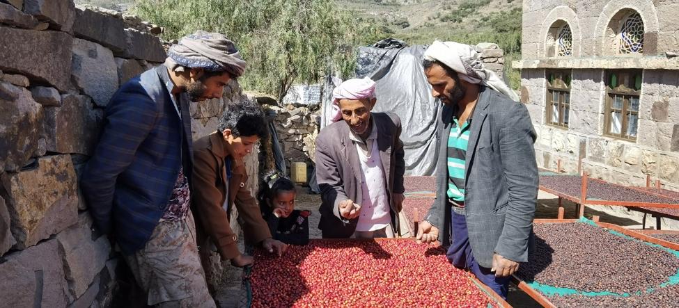 Yemeni farmer Fawaz Ali Wahab, right, with his family (Provided by Sabcomeed)
