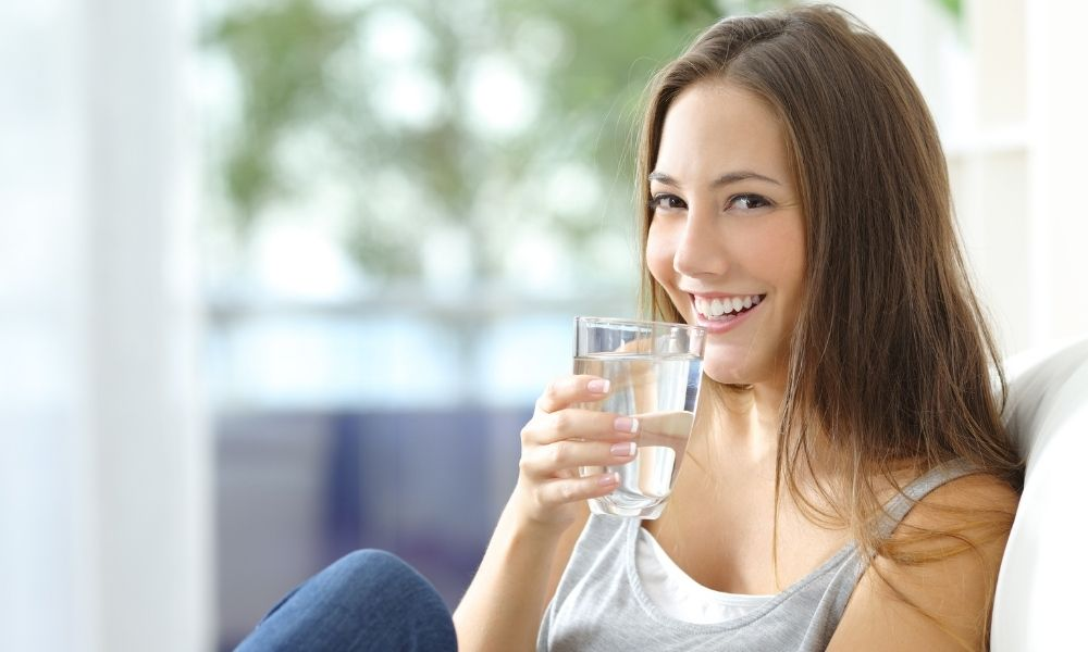 Los beneficios que obtienes al beber agua
