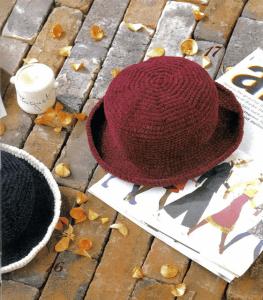gorro de crochet con adorno de pelo1-1