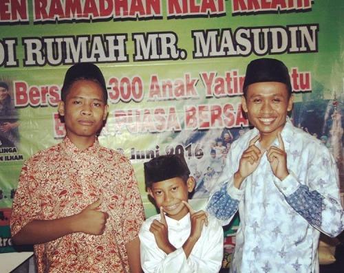 Tebar Motivasi di Pesantren Ramadhan Kreatif Angkatan 2 Yatim Mandiri Jombang Tahun 2016