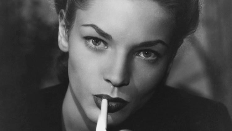 Mujer de terciopelo negro - Lauren Bacall