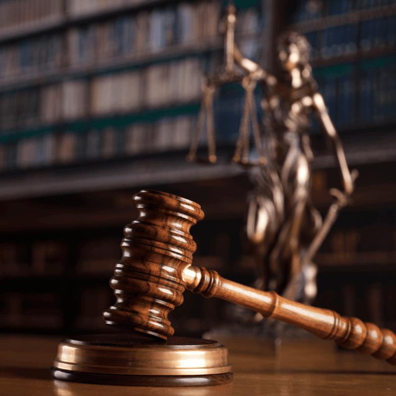 עורך דין פיננסי | עורך דין פיננסים