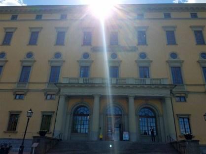 Captain Ahab of Ahab's Adventures outside the Carolina Rediviva University Library in Uppsala Sweden 2016