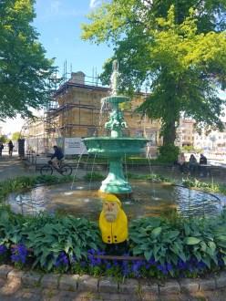 Captain Ahab of Ahab's Adventures in Stadsträdgården Uppsala Sweden 2016