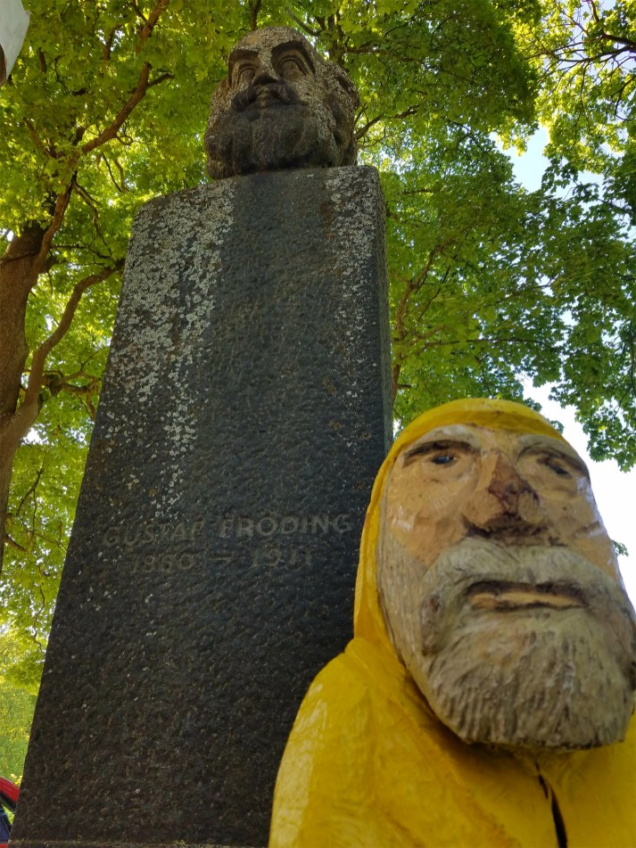 Captain Ahab of Ahab's Adventures hanging out with our old friend Gustaf Froding in Djurgarden in Stockholm Sweden 2016
