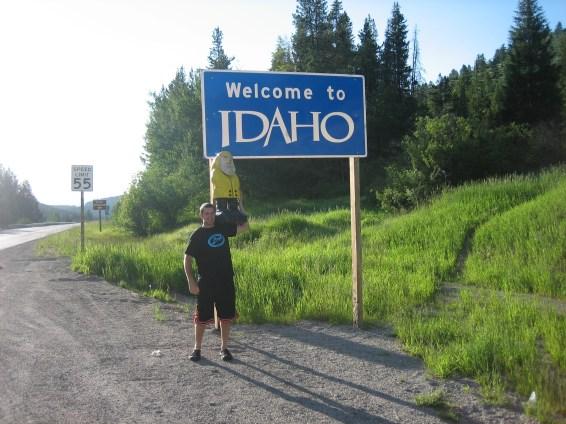 Captain Ahab of Ahab's Adventures entering Idaho 2009