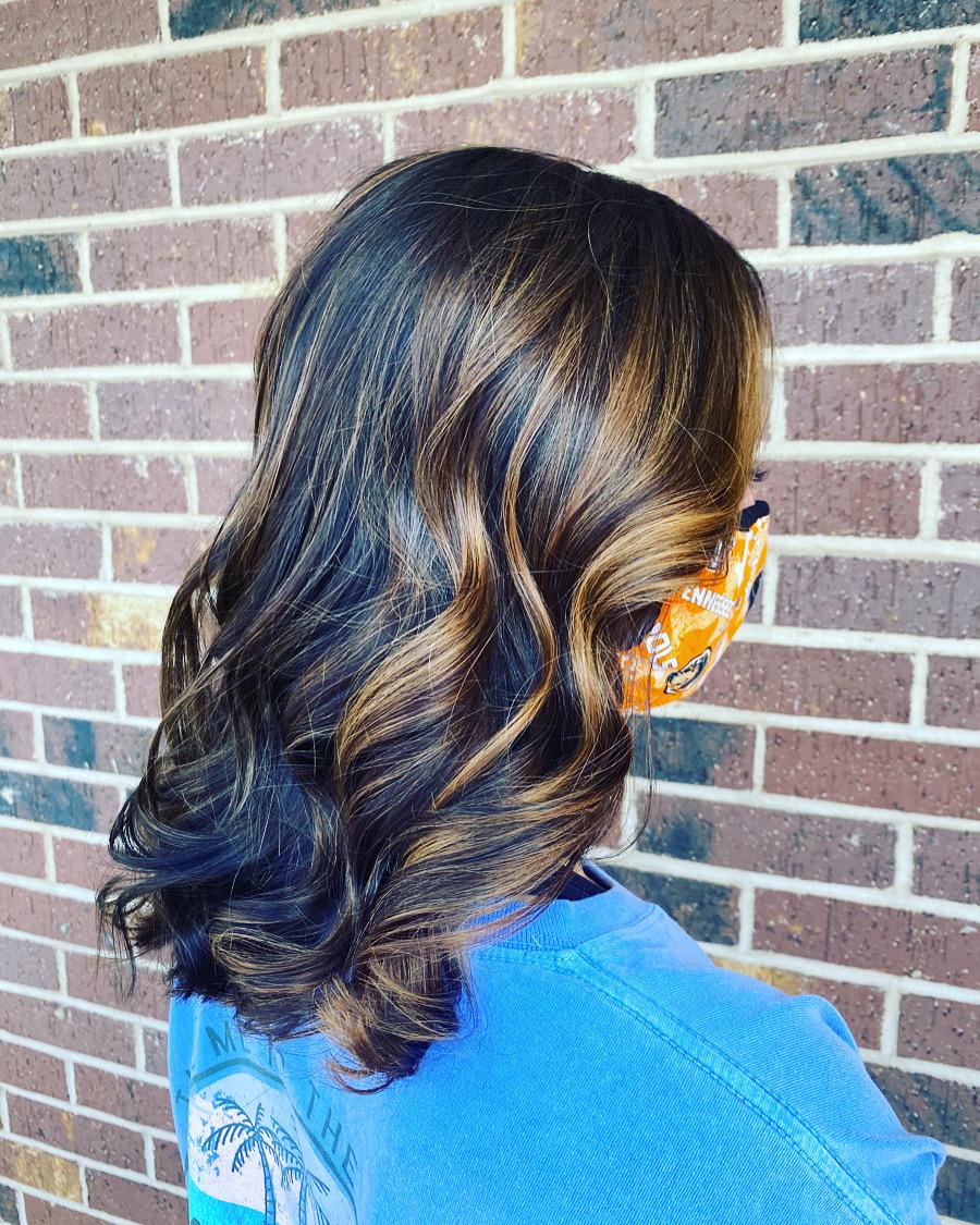 brunette foilayage