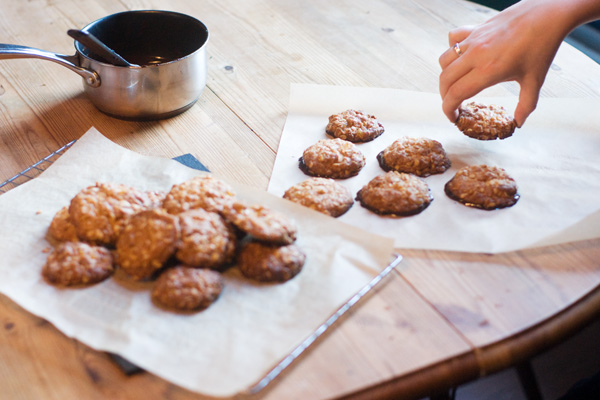 chocolate ginger oat biscuits delia smith