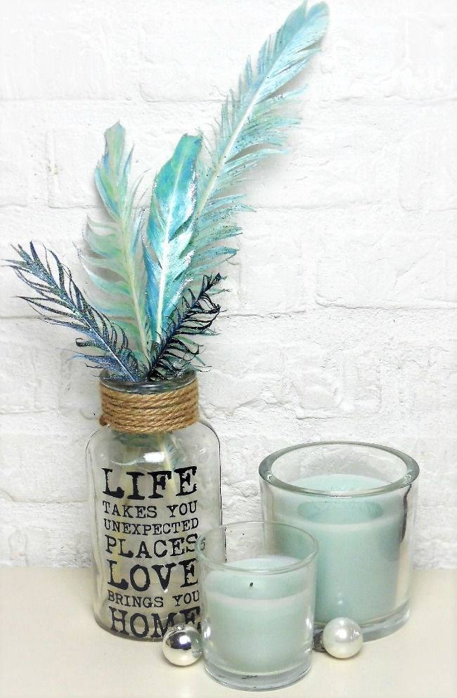 Home Style Idea Using Glitter Feathers