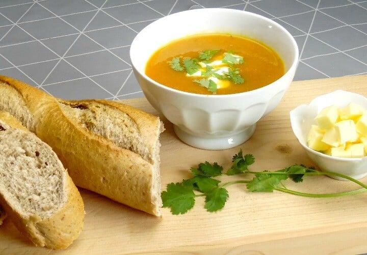 Carrot And Coriander Soup Recipe - delicious and super easy starter idea