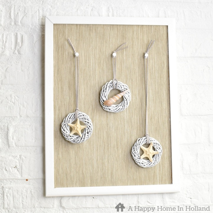 Summer Beach themed home decor idea - Easy DIY using shells, mini wreaths and an old pin board.