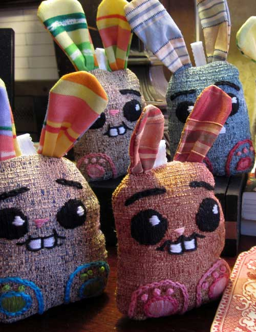 DIY Embroidered Bunnys with Pattern