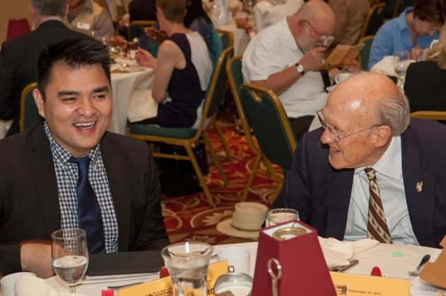 jose-antonio-vargas-and-u-s-sen-ret-alan-k-simpson-share-a-laugh.