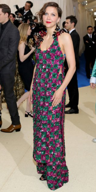 """NEW YORK, NY - MAY 01: Maggie Gyllenhaal attends the """"Rei Kawakubo/Comme des Garcons: Art Of The In-Between"""" Costume Institute Gala at Metropolitan Museum of Art on May 1, 2017 in New York City. (Photo by Neilson Barnard/Getty Images)"""