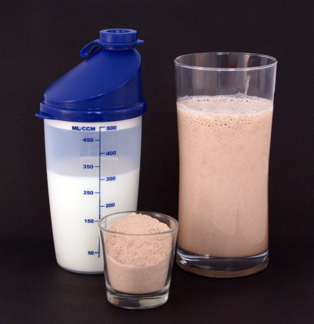 Organic raw protein powder