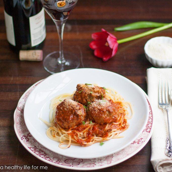 How to Make Italian Meatballs | ahealthylifeforme.com