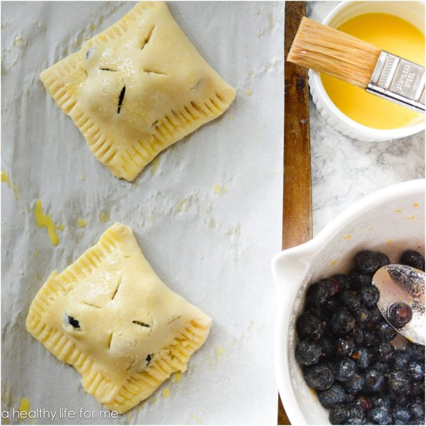 Uncooked blueberry hand pies