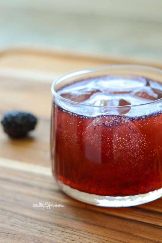 Gin Berry Ricky Cocktail