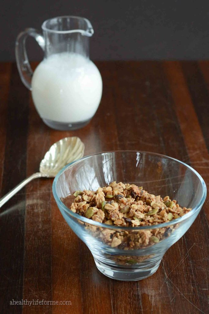 Homemade Gluten Free Vegan Cocoa-Hazelnut Granola with Pumpkin Seeds and Figs