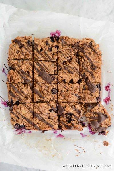 Blueberry Almond Chocolate Bars Gluten Free Dairy Free and Paleo Recipe   ahealthylifeforme.com