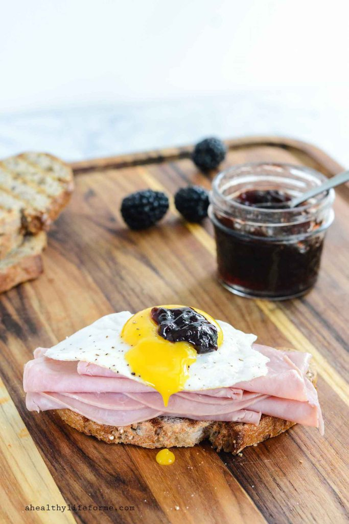 Ham and Egg Blackberry Open Face Sandwich made with Hormel Natural Choice Honey Deli Ham.   ahealthylifeforme.com