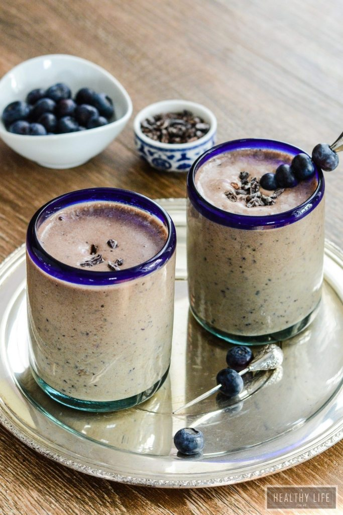Double Chocolate Blueberry Protein Smoothie Recipe | ahealthylifeforme.com