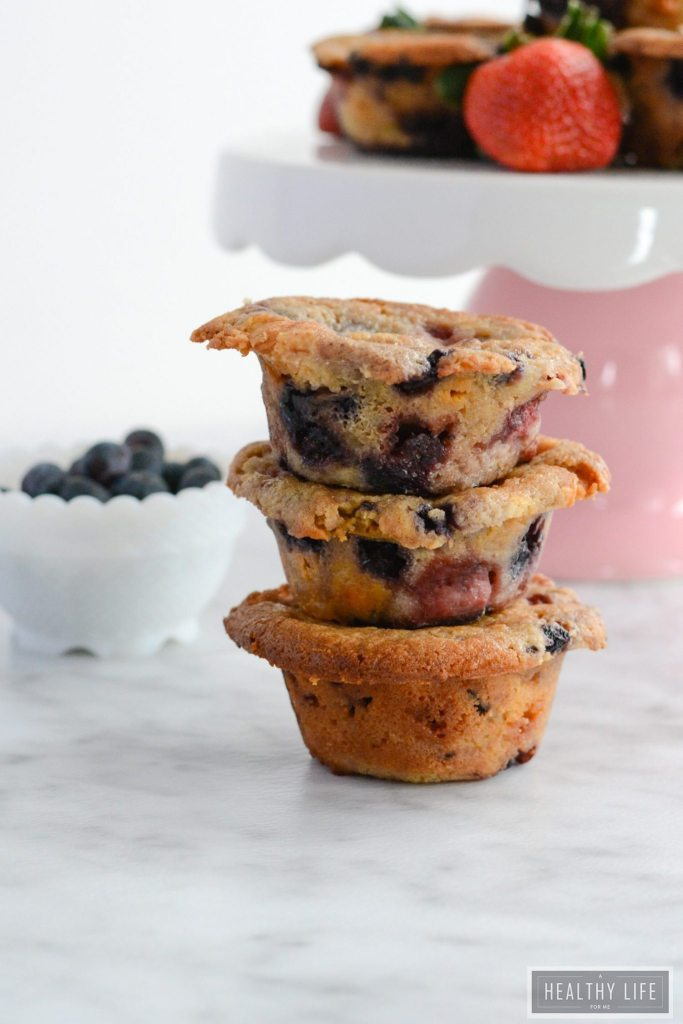 Mixed Berry Breakfast Muffins gluten free and dairy free recipe | ahealthylifeforme.com