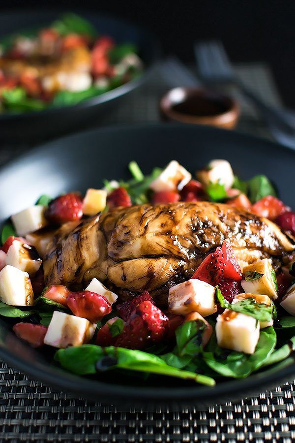 Strawberry-Caprese-Chicken-Salad-11