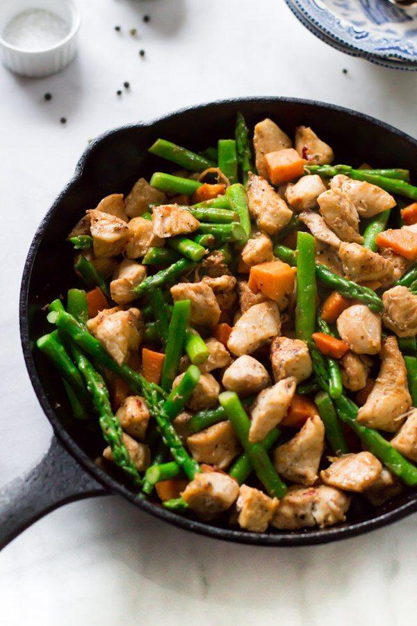 Asparagus-Sweet-Potato-Chicken-Skillet_-4