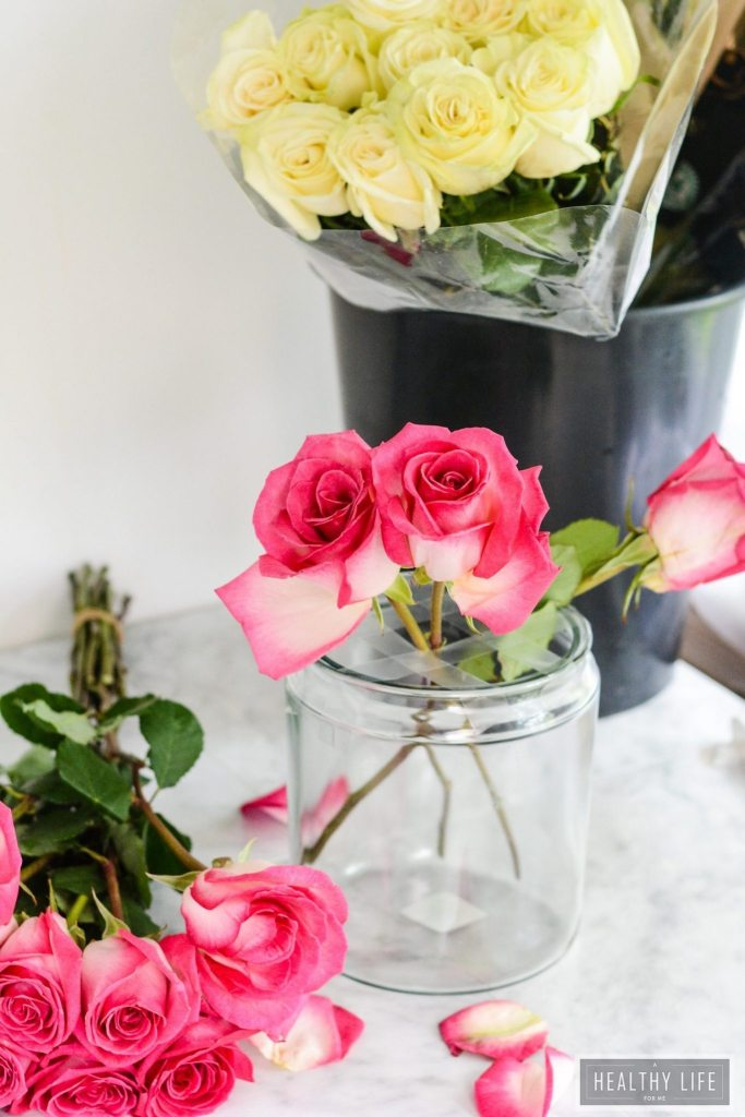 These simple DIY Rose Centerpieces are perfect for your next party celebration and they are made with 100% Rainforest sustainable Roses from Kroger   ahealthylifeforme.com