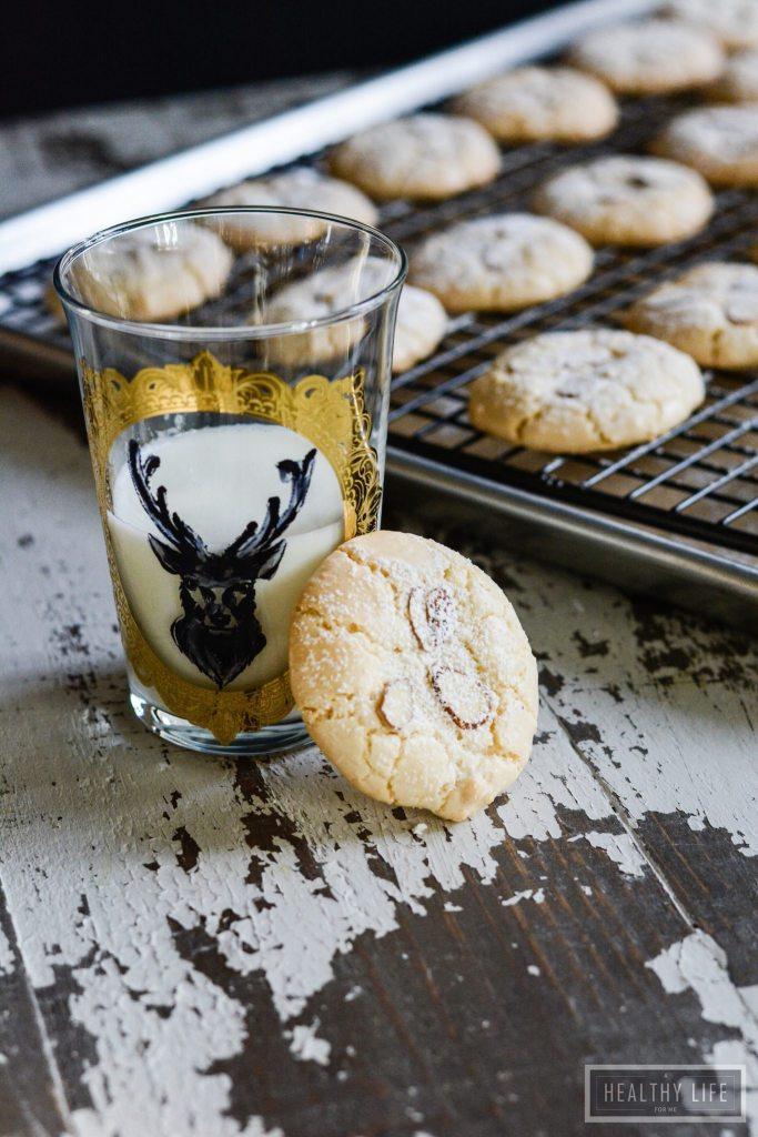 Perfect gluten free almond macaroon recipe | ahealthylifeforme.com