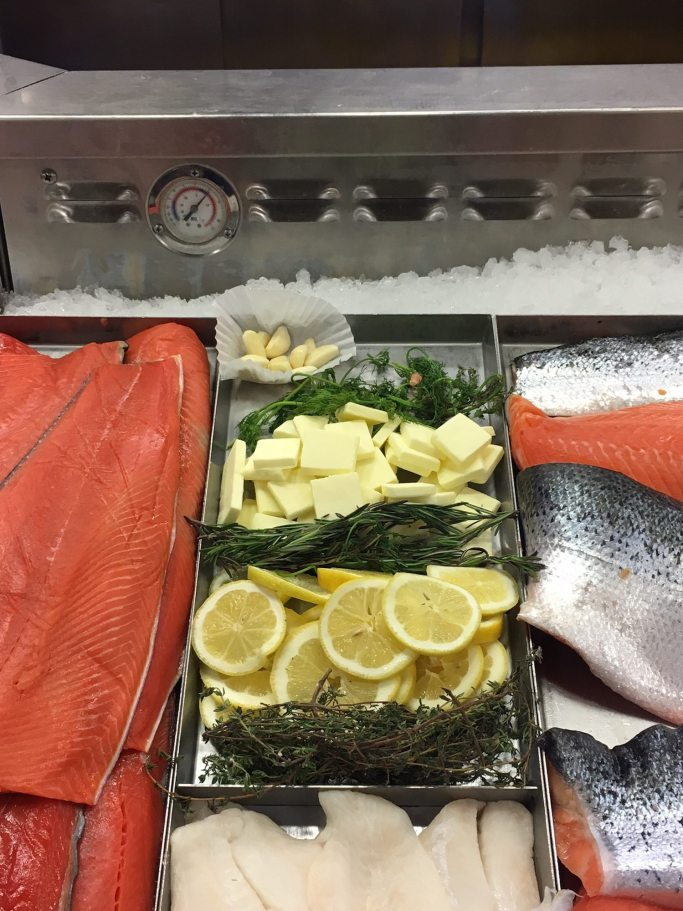 Simple Lemon Rosemary Steamed Salmon ready for you recipe | ahealthylifeforme.com